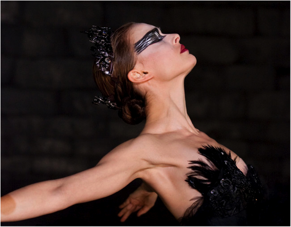 :black_swan_movie_001.jpg