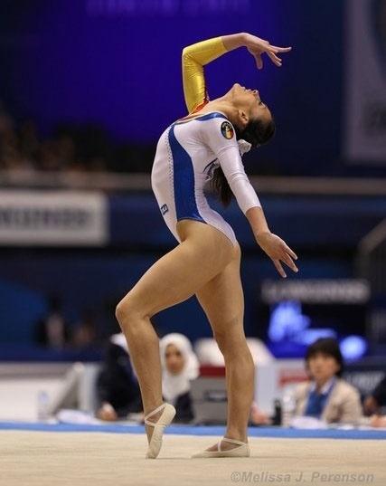 Romanias only woman gymnast at Rio Olympics fails